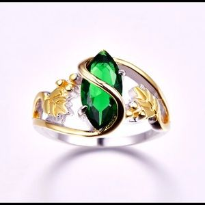 BRAND NEW 14KT/.925 MARQUISE CUT EMERALD LEAF RING